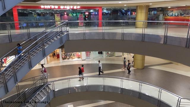 フィリピンの有名ショッピングモールSM(SM CITY CEBU)