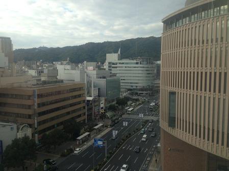 3出前館 神戸