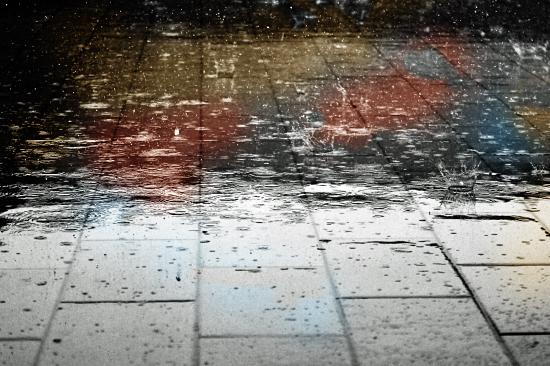 マジで雨じゃん・・・・・・(汗) 01