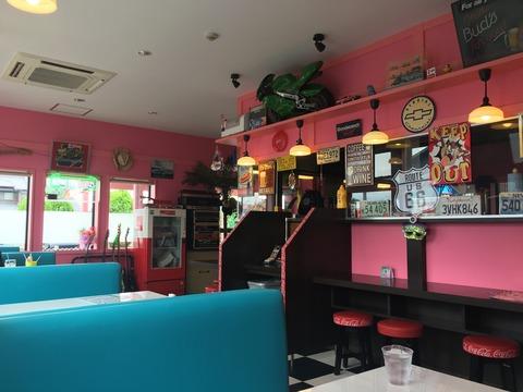 モンスターカフェ店内2