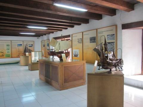 11 歴史的船展示の様子風景