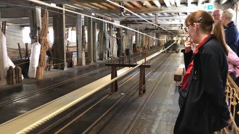 ロープ工場実演風景