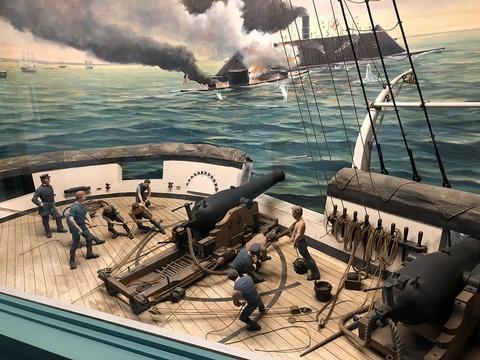 装甲艦との戦い、大砲のジオラマ