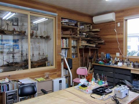 工房風景1帆船収納棚、資料、材料棚x