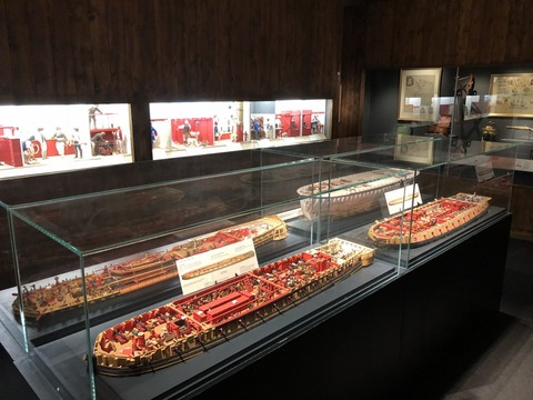 Port_Louis_東インド会社博物館 帆船の解説
