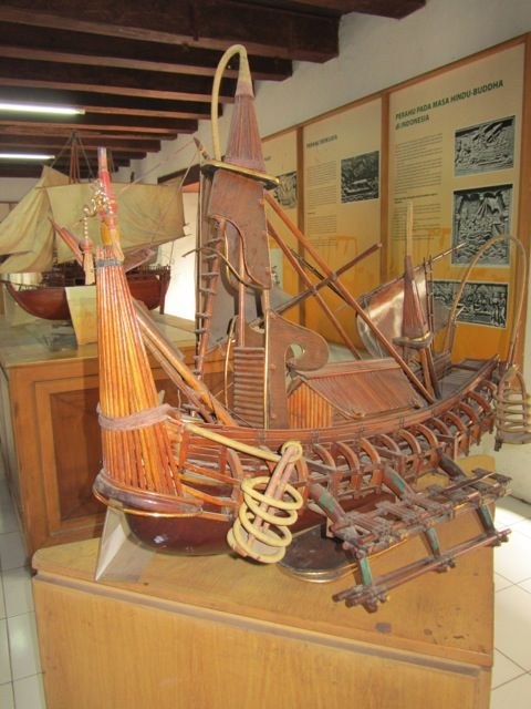 16 Majapahit Ship