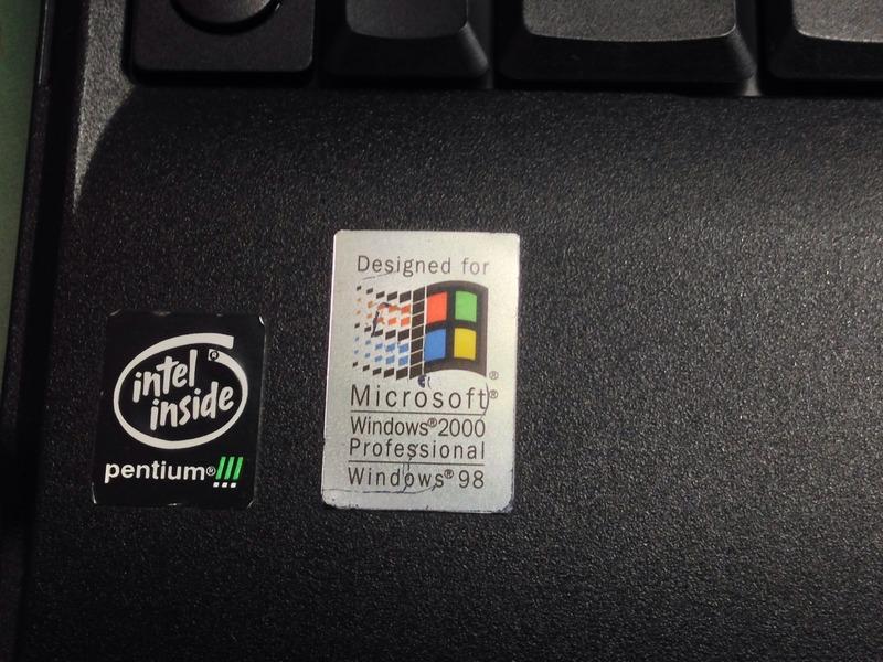 IBM ThinkPad A30 Emblem Seal(Intel Pentium!!!&Microsoft Windows)
