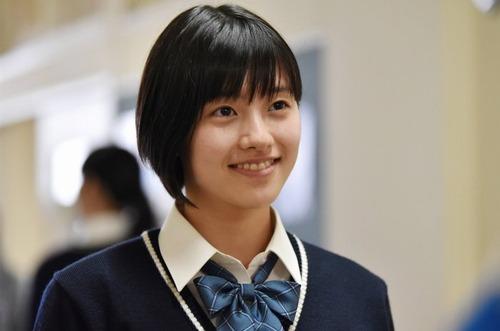 女優  倉島颯良さんがラジオ「もちこみっ!」に出演 (動画)