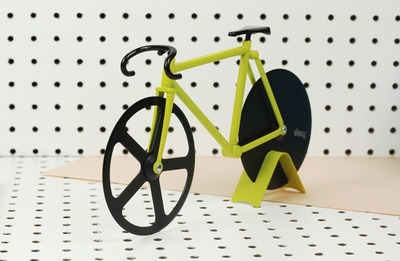 fixie-pizza-cutter-1