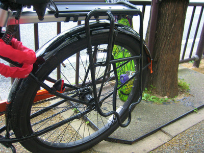 自転車の 博多 自転車 修理 : 自転車のリアキャリアにベルク ...