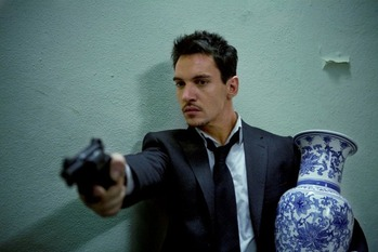 jonathan_rhys_meyers_in_from_paris_with_love_3