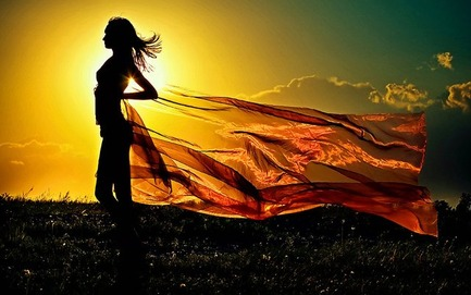 girl-in-sunrise