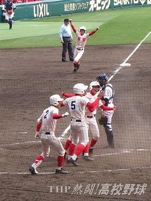 9回逆転サヨナラ!智弁学園が初の決勝へ(2016.3.30)