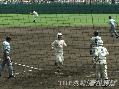 再試合は早稲田実が常に主導権を握る展開(2006.8.21)