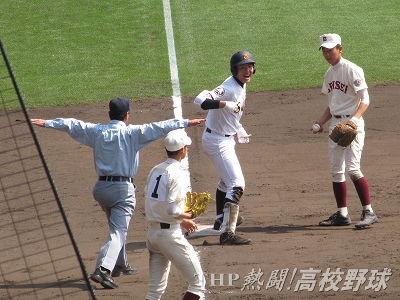 自らのバットでベスト8への決勝点!済美のエース・安樂(2013.3.30)
