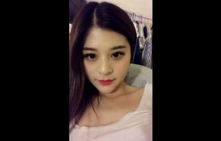 【無修正 ライブチャット】 中国のギャルは半端ない!!! 容姿端麗な美女がすんげーオナニーしてるんだが・・・