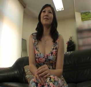 【初撮り巨乳熟女】良い体なのに十年も性行をしていないなんて……