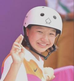 13歳の西矢椛が涙の金メダル!岩崎恭子超え最年少の快挙 16歳中山楓奈が銅!
