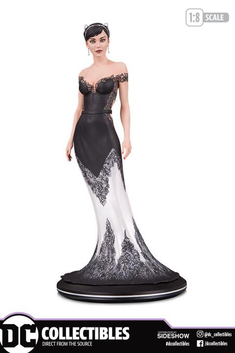 catwoman-wedding-dress_dc-comics_gallery_5da8a1785a338