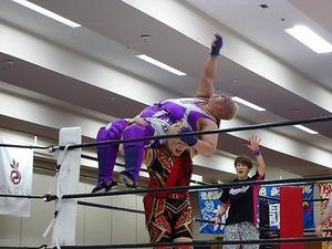 アジャ・コング&松本浩代 vs 倉垣翼&藤本つかさ (6)
