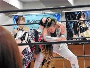 加藤園子&AKINO vs 星ハム子&宮城もち (9)