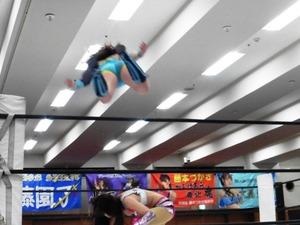 大畠美咲 vs 春日萌花 (7)