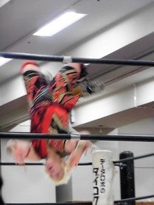 桜花由美 vs 倉垣翼 (10)