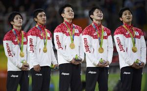 体操男子団体 (1)