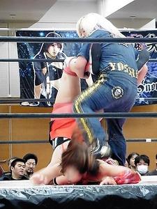 有田ひめか vs 高瀬みゆき vs 世志琥 (2)