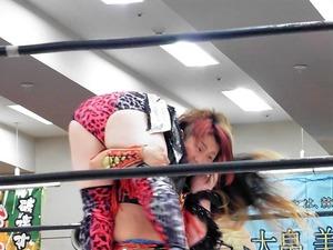 加藤園子&AKINO vs 星ハム子&宮城もち (8)