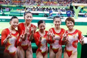体操女子団体