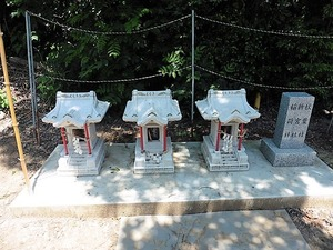 岩崎神社 (7)