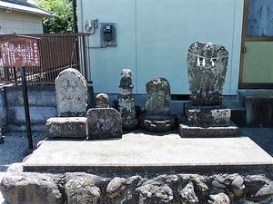 倉賀野横町・庚申塔と道祖神