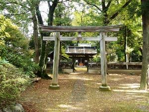 岡登霊神社 (1)