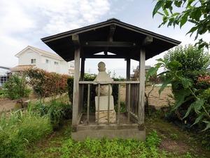 上西根の五輪塔 (1)