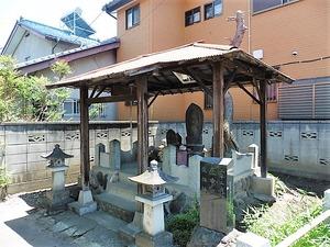 倉賀野下町の庚申塔 (1)