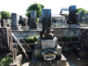 山田三川の墓