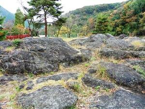 かに石の甌穴 (4)