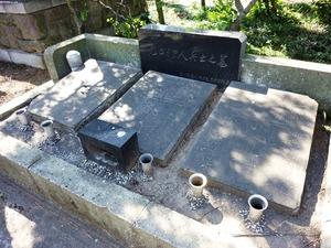 元ロシア人兵士の墓 (5)