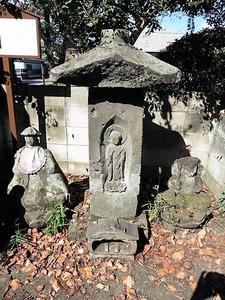 安養寺跡の笠塔婆 (2)
