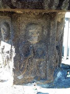 堀越共同墓地の石幢 (3)