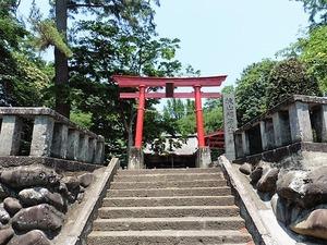 城山稲荷神社 (1)
