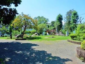 貫前神社前公園 (1)
