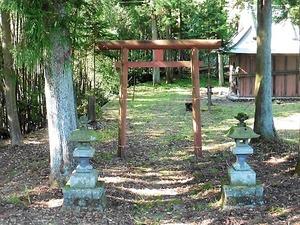 雨堤榛名神社 (1)