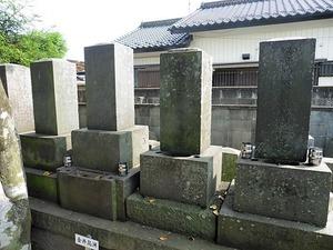 金井烏洲と一族の墓 (1)