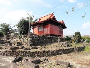 稲荷神社 & 安中4号墳 (1)