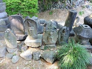 角谷戸薬師堂 (6)