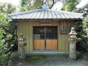 馬庭の薬師堂 (1)