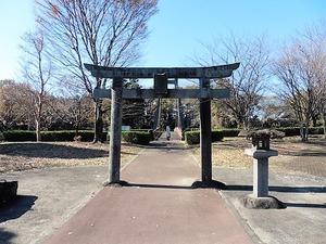 月田近戸神社外宮 (1)