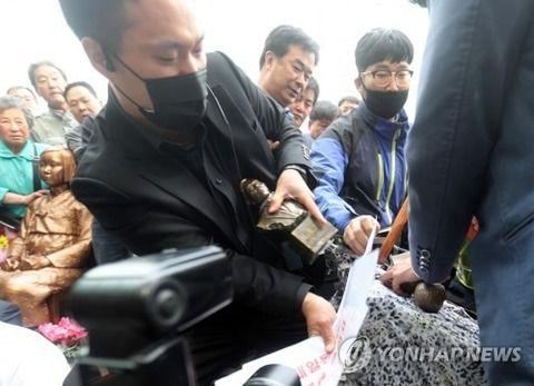 釜山領事館の像設置計画が『悲惨すぎる結末を迎えて』日本側も騒然。韓国の言い訳が完全破綻した模様